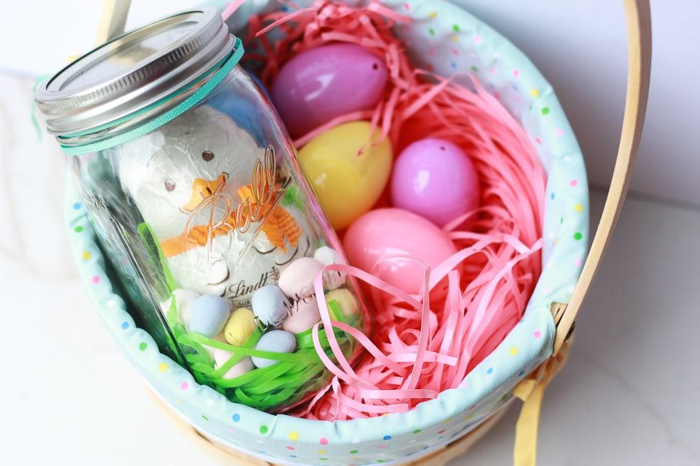 """Chocolate Easter bunny """"chick"""" mason jar display"""