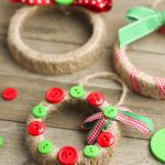 DIY christmas ornaments from mason jar lids