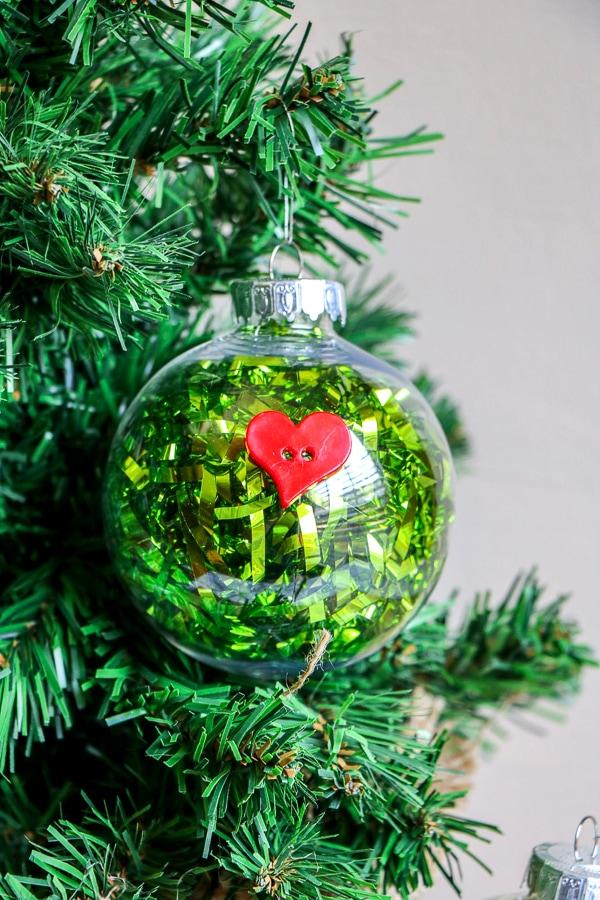 DIY Grinch ornaments craft
