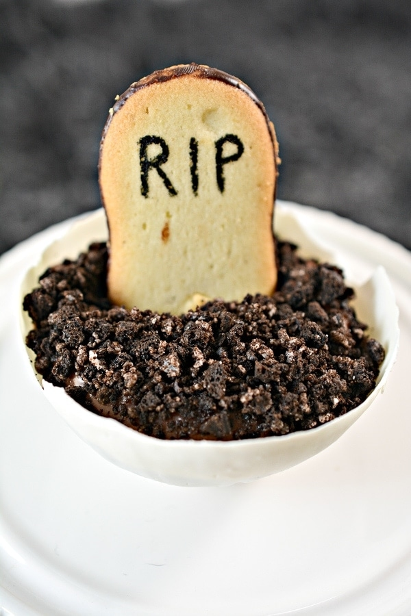 halloween pudding dirt cups