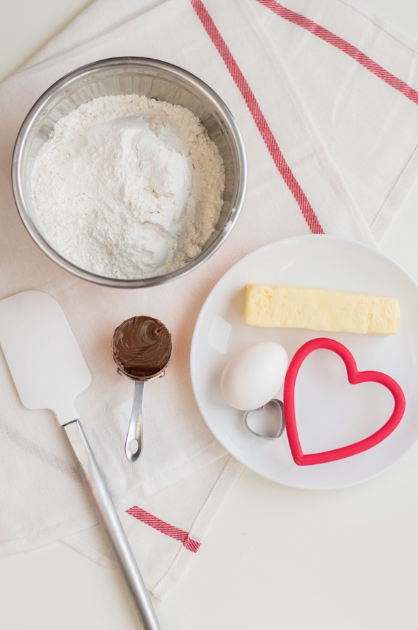 ingredients for nutella filled sweetheart cookies