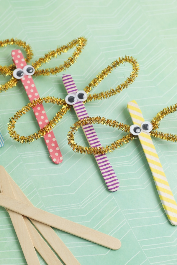 dragonfly craft for kids from popsicle stick