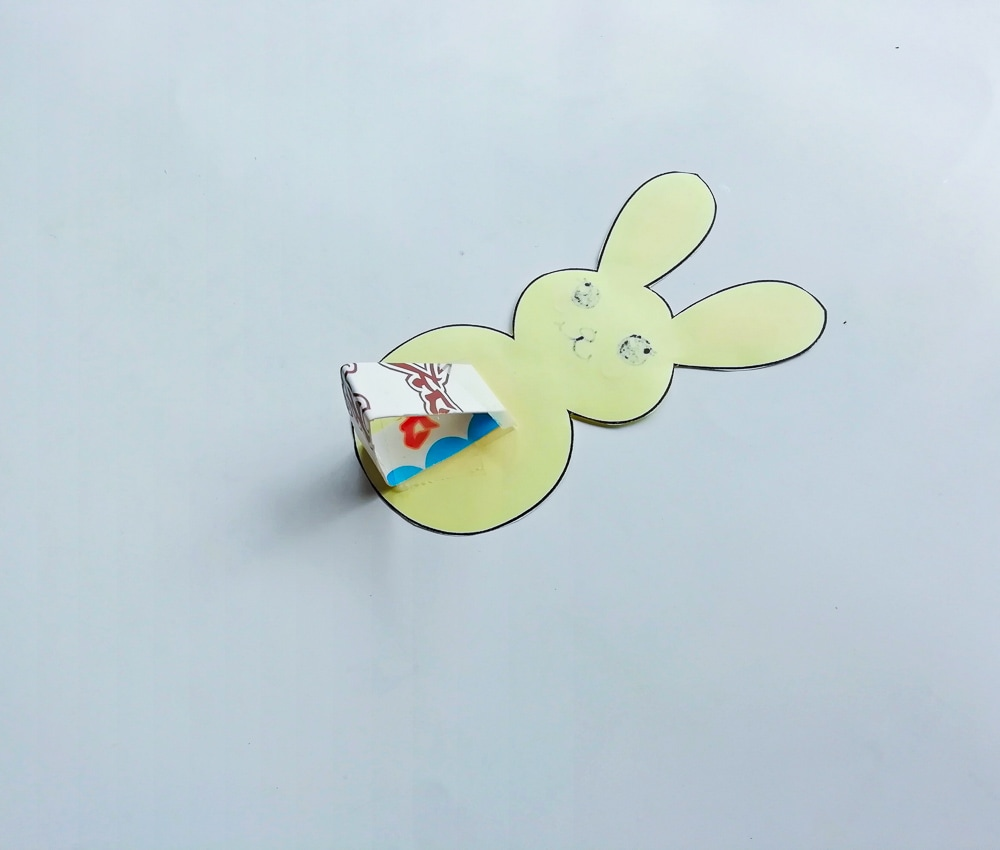 Easter bunny in the grass craft
