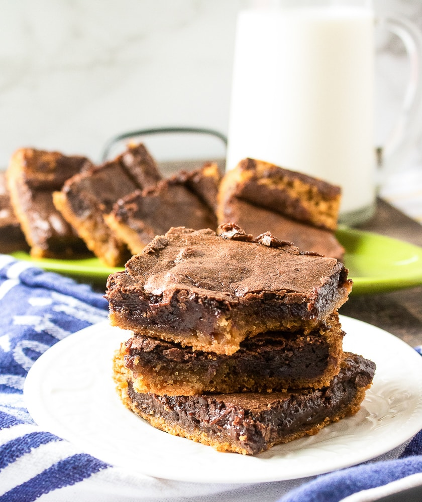 Chewy chocolate peanut butter brownies