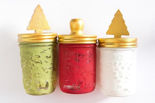Chirstmas decorated mason jar gifts