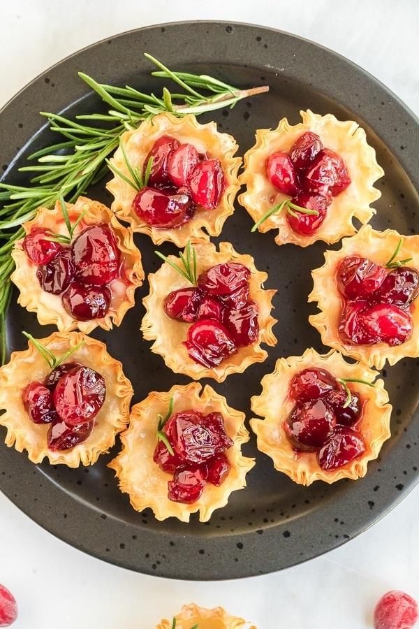 cranberry brie pastry bites