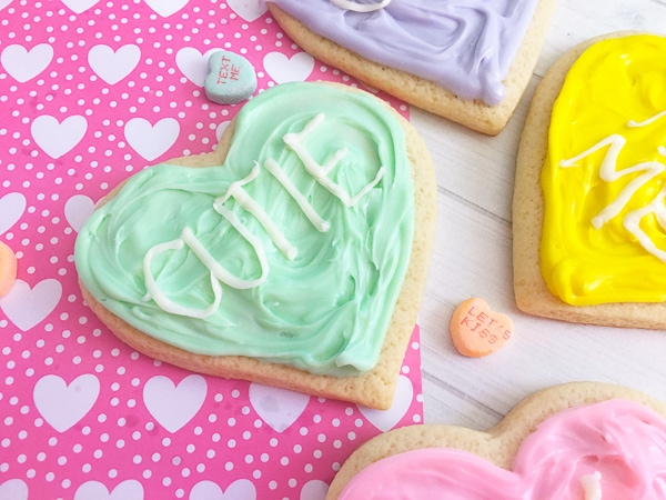 cute valentines day conversatin heart cookies