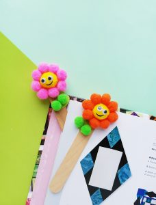 Pom pom flower bookmark craft