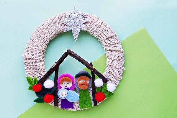 nativity scene wreath craft for kids