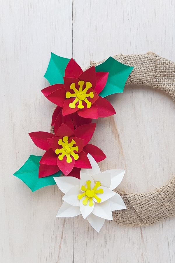 DIY paper poinsettia wreath tutorial