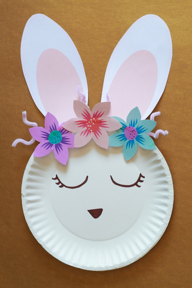 How to make a rabbit from a paper plate