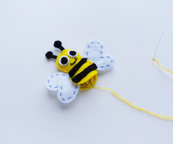 bumble bee sewing craft for kids