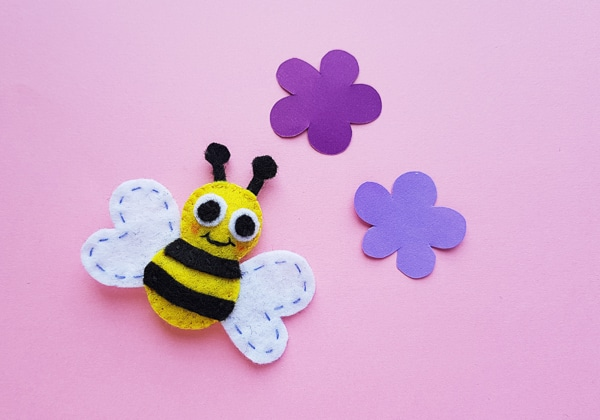 Felt bumble bee craft, sewing for kids