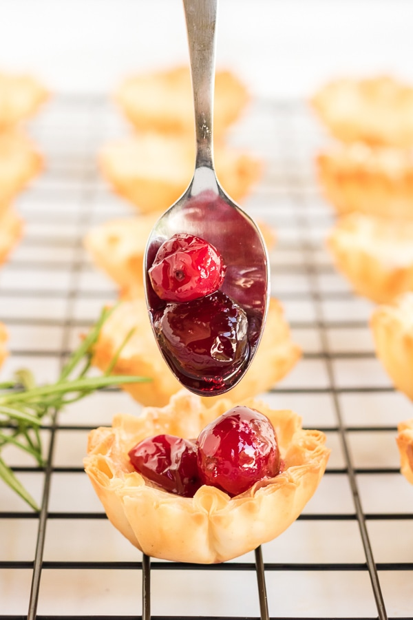 filling puff pastry with cranberry brie