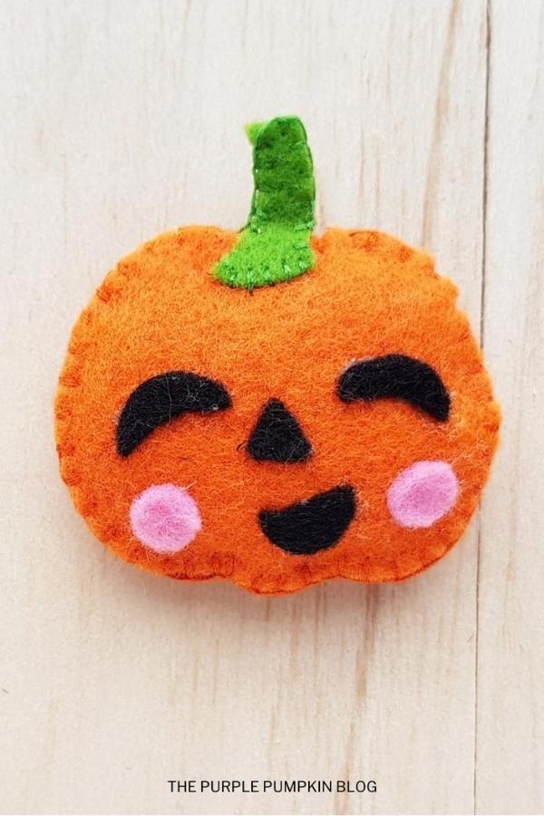 Halloween pumpkin plush craft for kids