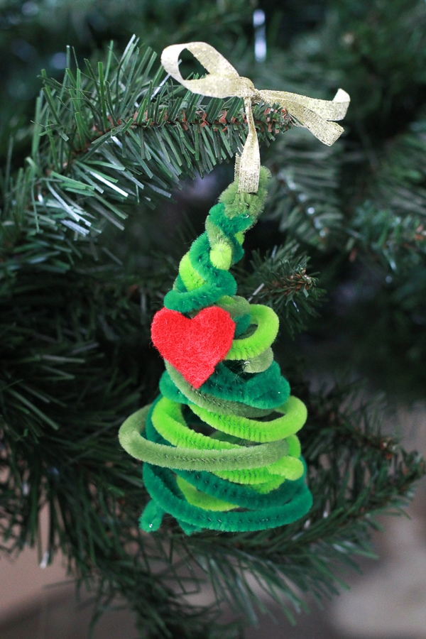 Diy Grinch Pipe Cleaner Christmas Tree Mommy Made That