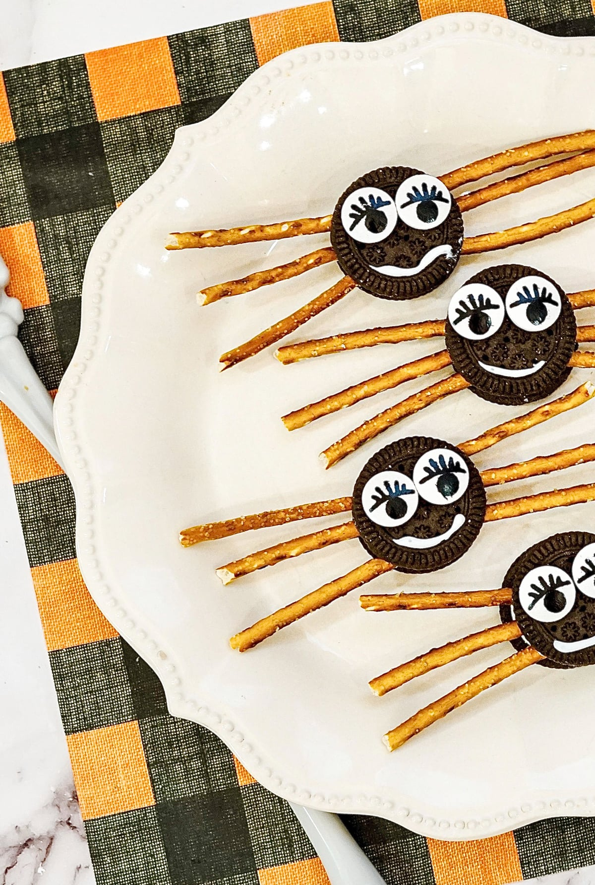 Halloween Spider Cookies made with Oreos