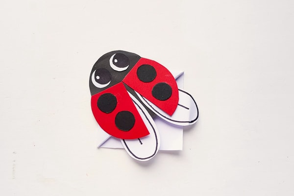 ladybug bookmark tutorial