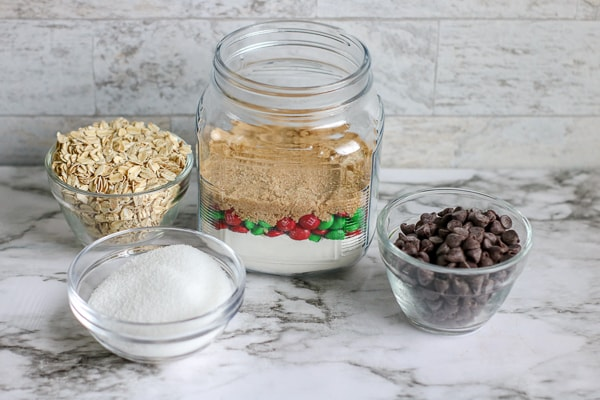 how to make M&M cookie mix in a jar