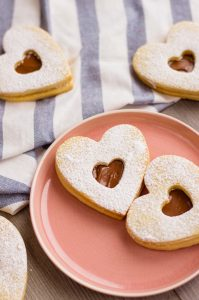 Nutella filled sweetheart cookies