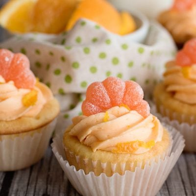 Dreamy Orange Creamsicle Cupcakes