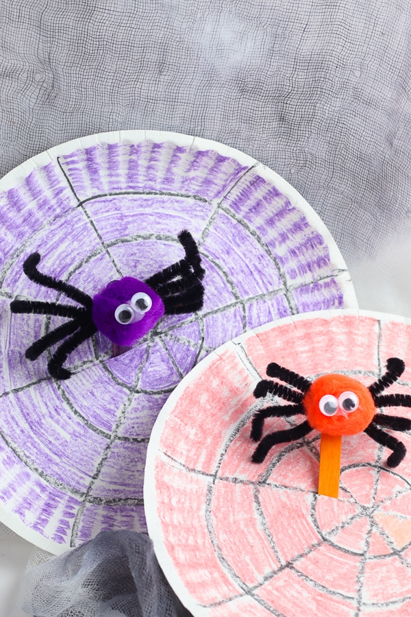 Paper plate spider puppets halloween craft