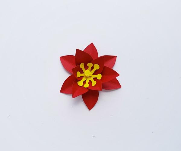 paper poinsettia craft DIY
