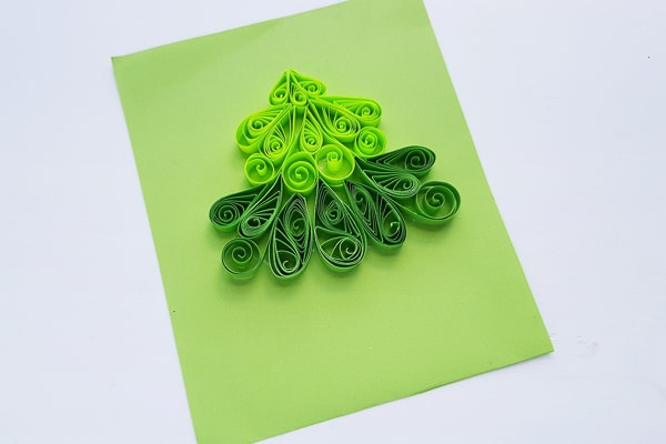paper quilled christmas tree design