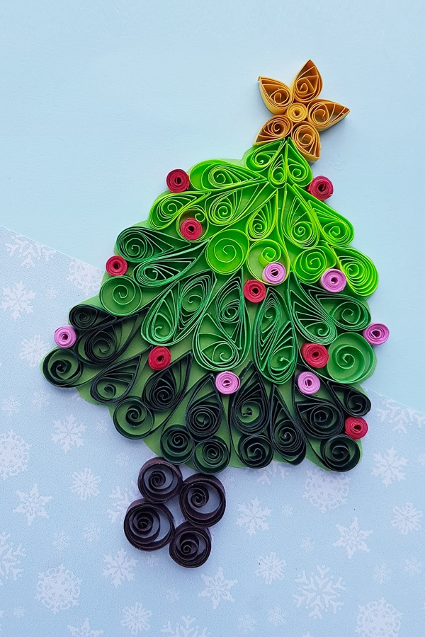 Paper quilled Christmas tree