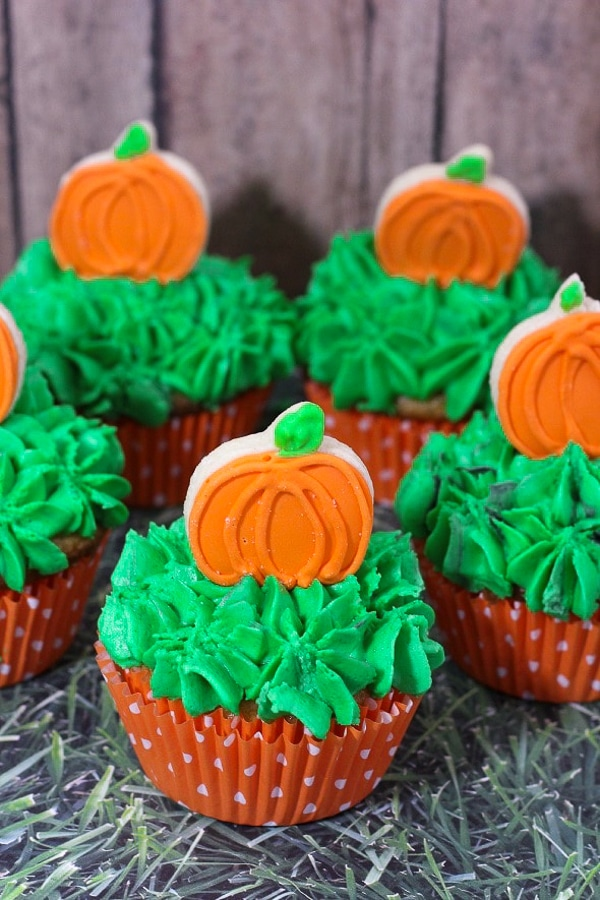 pumpkin patch non scary halloween cupcakes