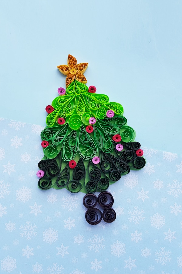 quilled Christmas tree craft