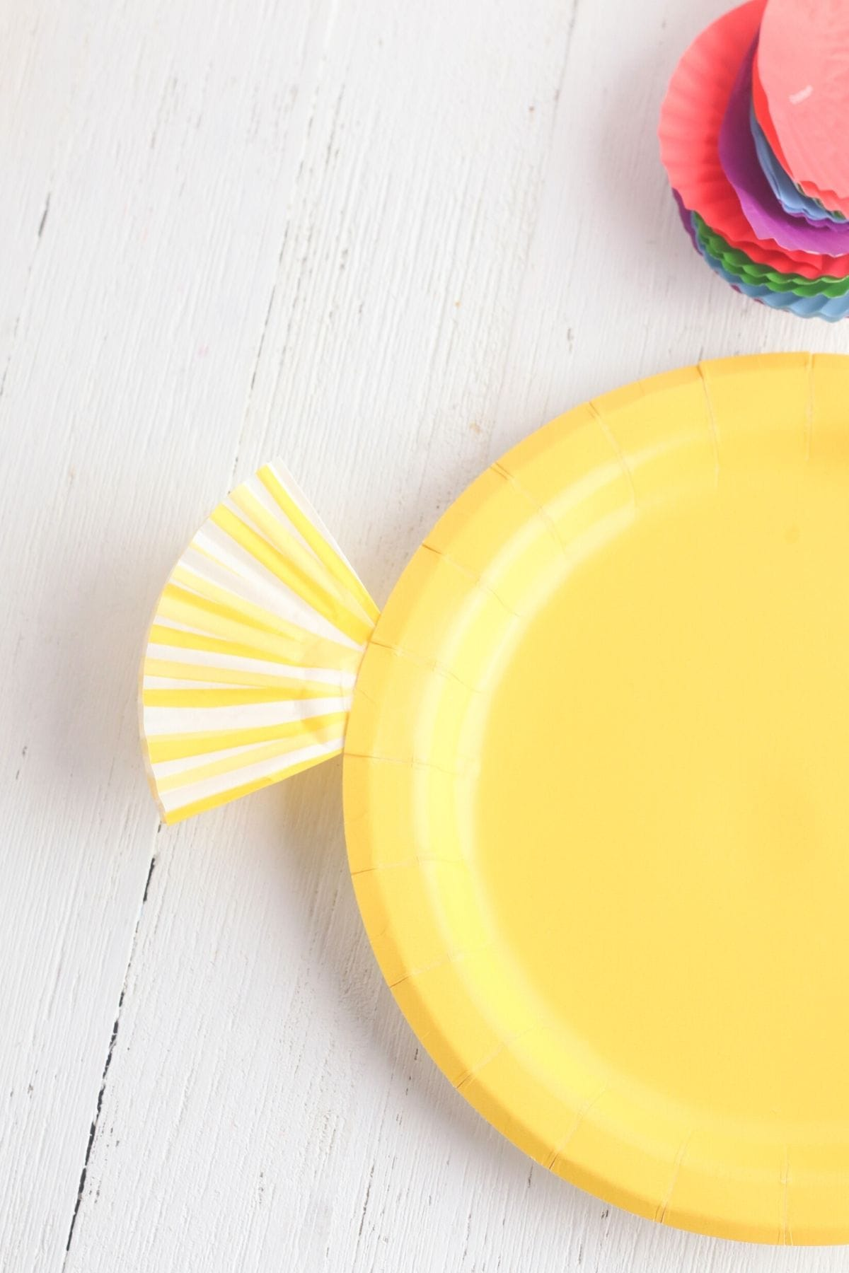 Creating a fish out of paper plate