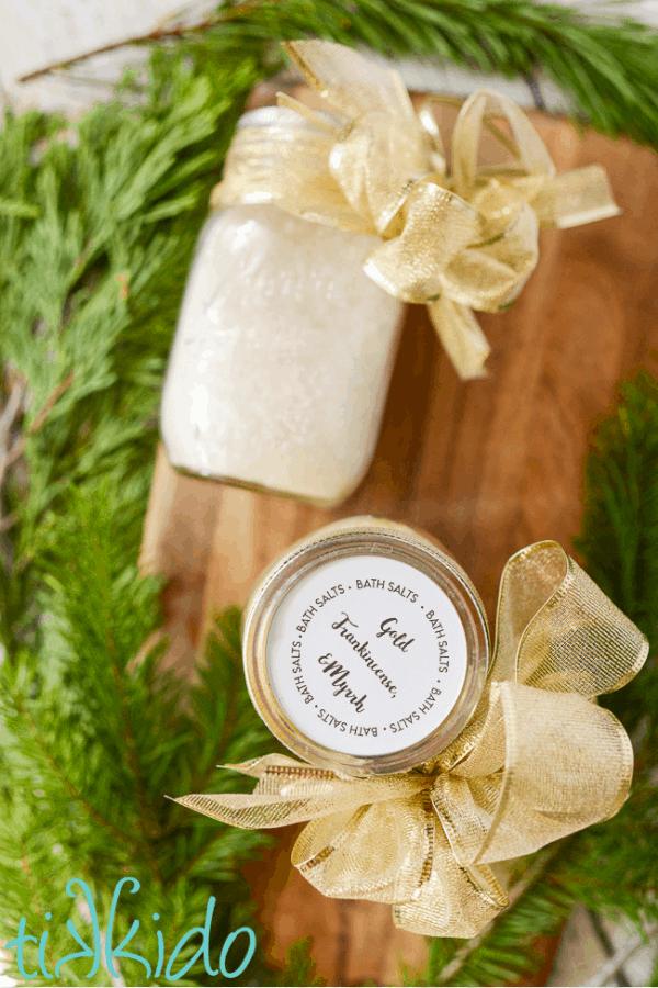 Shimmering bath salt gift