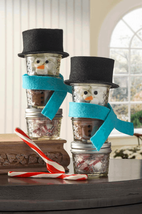 Snowman mason jar gift idea for christmas