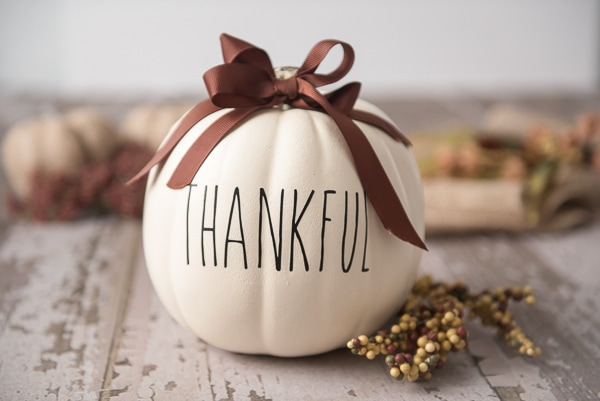 thankful thanksgiving cricut pumpkin
