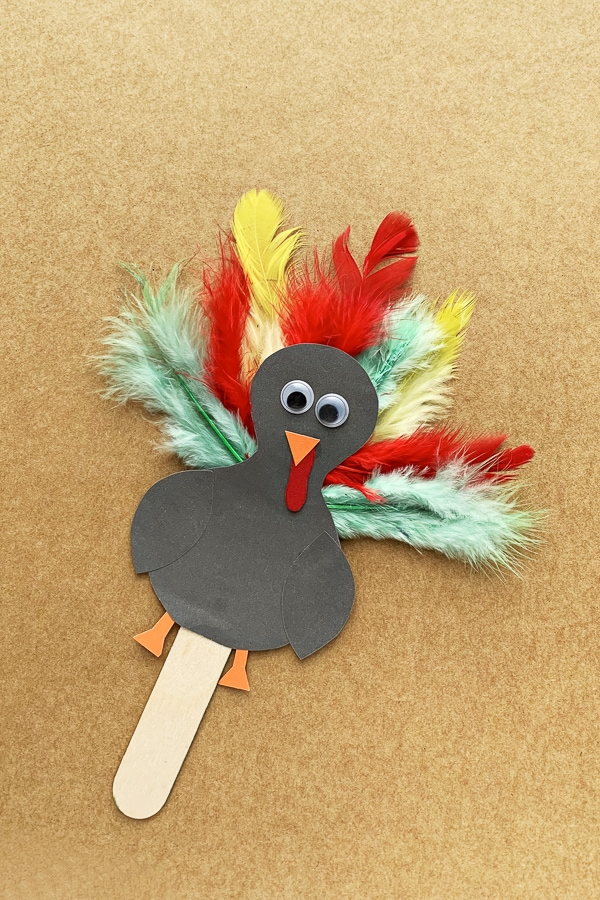 Kids turkey popsicle stick craft