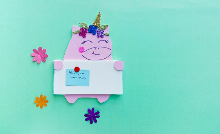 unicorn pinboard craft, cute bulletin board