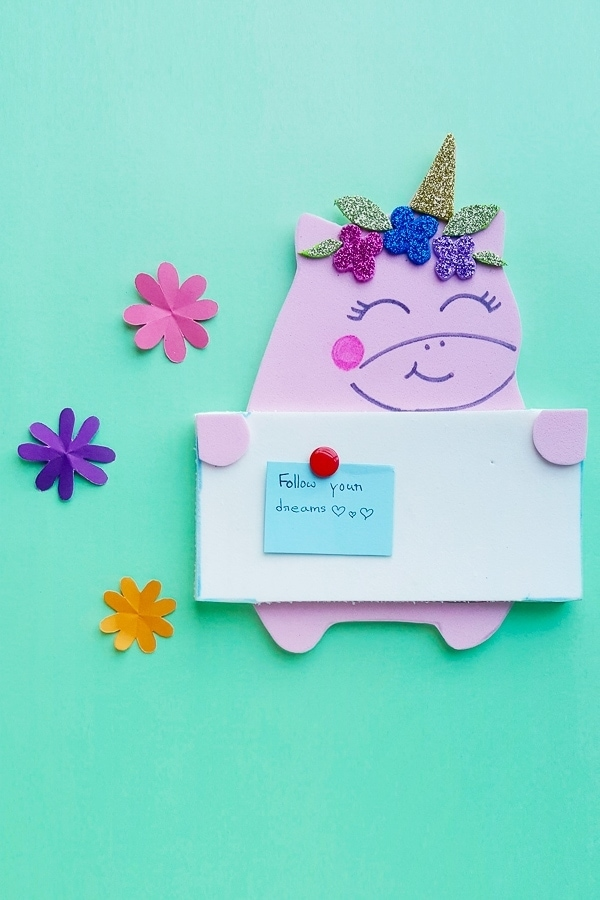 DIY unicorn pinboard craft