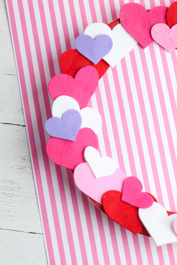 Valentines day wreath craft for kids