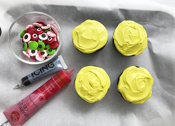 making zombie cupcakes